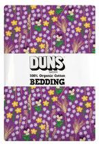 Bettwäsche mit Blumenwiese auf Violett von DUNS