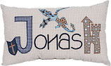 PERSONALISIERTES NAMENSKISSEN, Modell Jonas 2