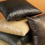 Чистка КОЖАНОЙ подушки диванной, в зависимости от размера