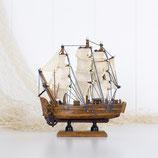 Small Model Boat #3406