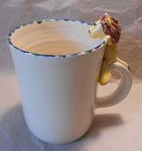 Tasse mit Henkelhocker Löwe