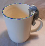Tasse mit Henkelhocker Elefant
