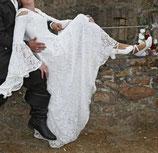 Hut & Robe LARP Kleid mit Kaputze und Schnürung. Unterkleid 100% Leinen, Überkleid 100% Polyamid