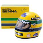 Helm schaal 1:2  Ayrton Senna 1994 TIJDELIJK UITVERKOCHT