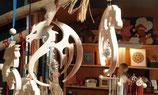 Drache mit Drachenperle aus Glas