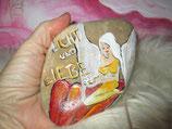 ENGEL Licht und Liebe zwei Herzen   (auf Kieselstein gemalt) 13 cm