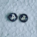 8 mm Edelstahl Ohrstecker Mann und Frau tanzen blau weiß