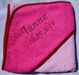 Babykaputzenbadetuch mit Namen und Geburtsdatum