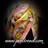 Quadratischer Schal mit Aufdruck Altrosa Mix109
