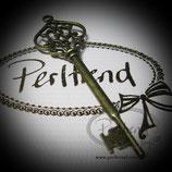 Anhänger antik Schlüssel 03