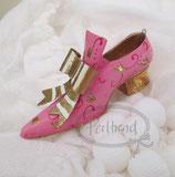 Banquet Resin Shoe Dec 13300a