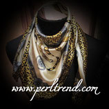 Quadratischer Schal mit Aufdruck Goldenbeige Mix101