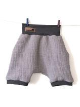 2006 Musselin Shorts hellgrau