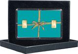 Geschenk mit goldenem Band Farbe mint und zwei Goldbarren ab 0,5 g  -  M13G2