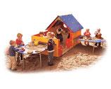 Spielhaus mit Veranda und 2 Matschtischen
