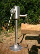 Spielplatzschwengel-Pumpe aus Edelstahl