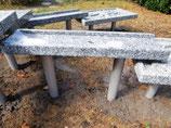 Granitrinne für Sand- und Wasserspiele