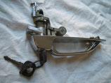 Mercedes W107 R 107 Griff Türgriff links 1077600159  Fahrerseite chrom mit Schlüssel door handle with key SL SLC