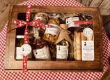 Geschenkbox gross gefüllt mit Steinhofprodukten