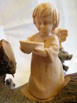 Engelchen aus Zirbenholz