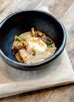 Œuf bio parfait sauce au dashi et duxelle de champignons