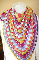 Gehaakte driehoekige sjaal Katia