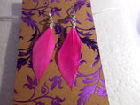 Earrings pink feather