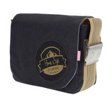 kleinere schwarze Tasche mit goldenem Hans Sigl - Logo und Original-Autogramm auf der Tasche