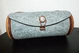 Tasche mit grauem Filz und Rüster; rund