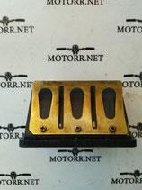 Впускной патрубок лепестковые клапана Ski Doo 420924519