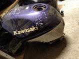 Бензобак топливный для мотоцикла Kawasaki ZX600 ZZR600
