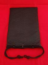 鹿漆革(印伝) 合切袋:新青梅 黒革/緑漆