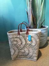Bohemian tas van riet gemaakt.
