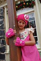 Pink Flower Fingerless Mittens