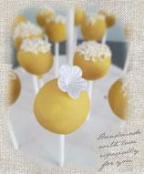 Kokos-Ananas cake pops
