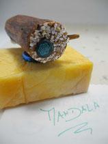 "Magnethalter ""Mandala"", gewachstes Wacholder-Holz, L ca. 7500, D ca. 35mm, Haltekraft >200g"