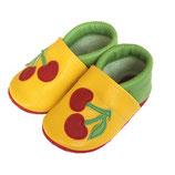 Krabbelschuh -  gelb/grün mit Kirschen