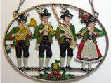 壁飾り*12-02165c Das Tragen einer Tracht 民族衣装を着て