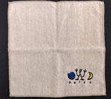 ロコサトシ オリジナル刺繍ハンカチ 小 ベージュ