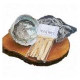 Smudge pakket met abalone schelp, heilighout en losse salie