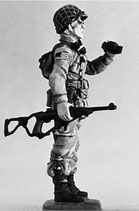 MOD S-169 astride with binoculars