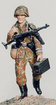 MOD S-91 assistant gunner running