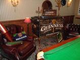 """malle """"Guinness"""" en bois dim 1,20m X0,60m X0,60m"""