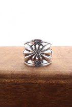 EMBOSS SILVER RING