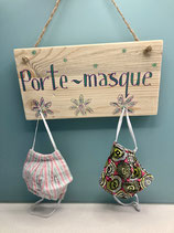 Wall-art 'Porte-masque' with hooks