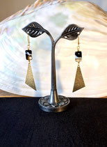Boucles d'Oreilles Agate et triangle doré