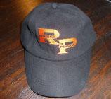 Schirmmütze mit orangenem RP-Logo