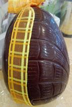 Gros oeuf avec fritures de Pâques