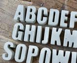 Beton Buchstaben