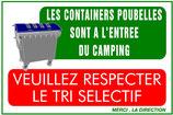 Containers à l'entrée du camping